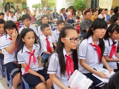 Strange mentality of Vietnamese people