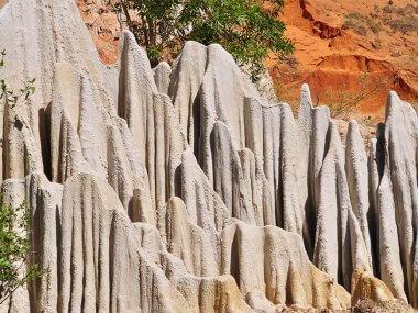 Tour from Mui Ne Vietnam: Fairy Stream, Red Canyon, White Dunes, Lotus Lake