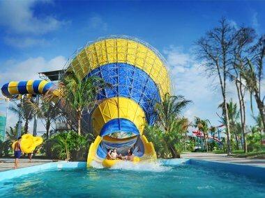 Tour from Mui Ne Vietnam: Vinpearl Land Amusement park, Nha Trang