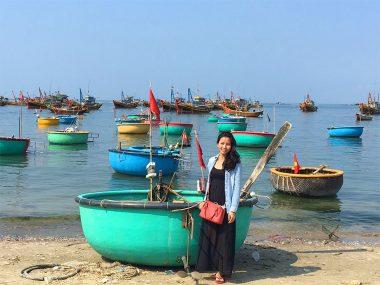 Vietnamese fishing boat (thung chai)
